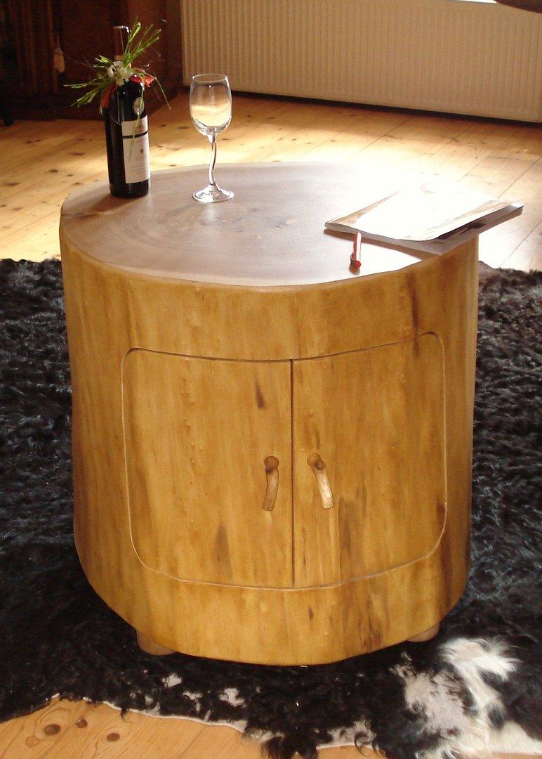 baumstamm fass baumscheiben tisch oder baumstamm tisch kaufen. Black Bedroom Furniture Sets. Home Design Ideas