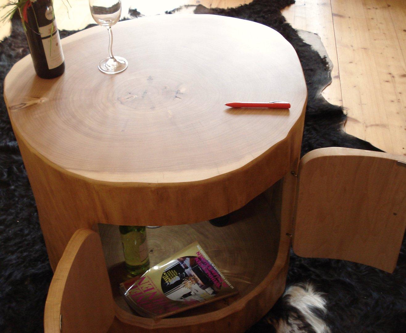 baumstamm fass baumstamm m bel von holzbohse. Black Bedroom Furniture Sets. Home Design Ideas